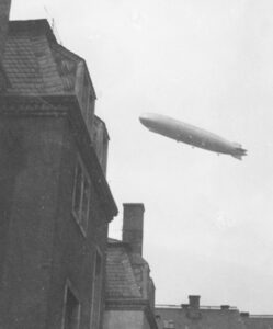 Zeppelin über Attendorn
