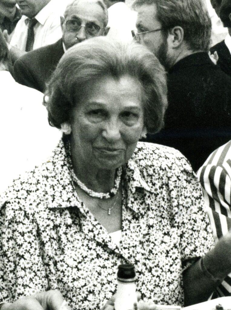 Elsbeth Rickers vor einigen Jahren auf der Wendener Tierschau.