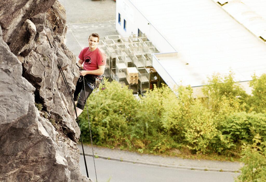 WOLL Sauerland - Frank Burghaus aus Neu-Listernohl entdeckte vor vier Jahren das Sportklettern für sich.