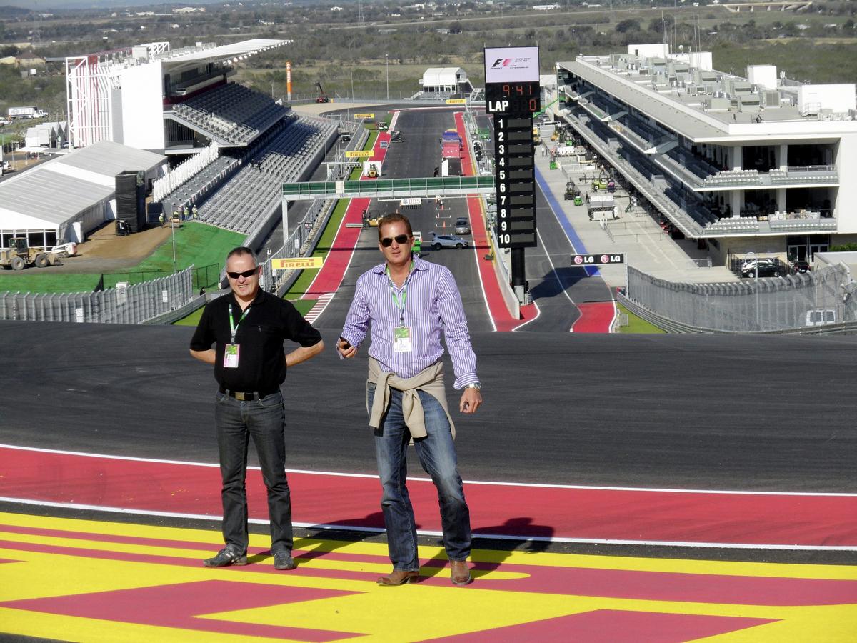Johannes Hogrebe und sein Kollege Christian Epp aus Cancun/Mexiko auf dem Kurs in Austin/Texas.