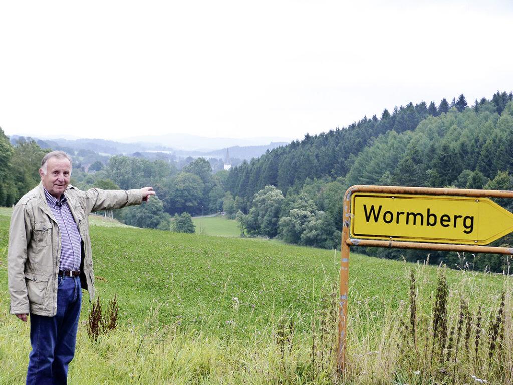 WOLL Sauerland Hexe von Steupingen