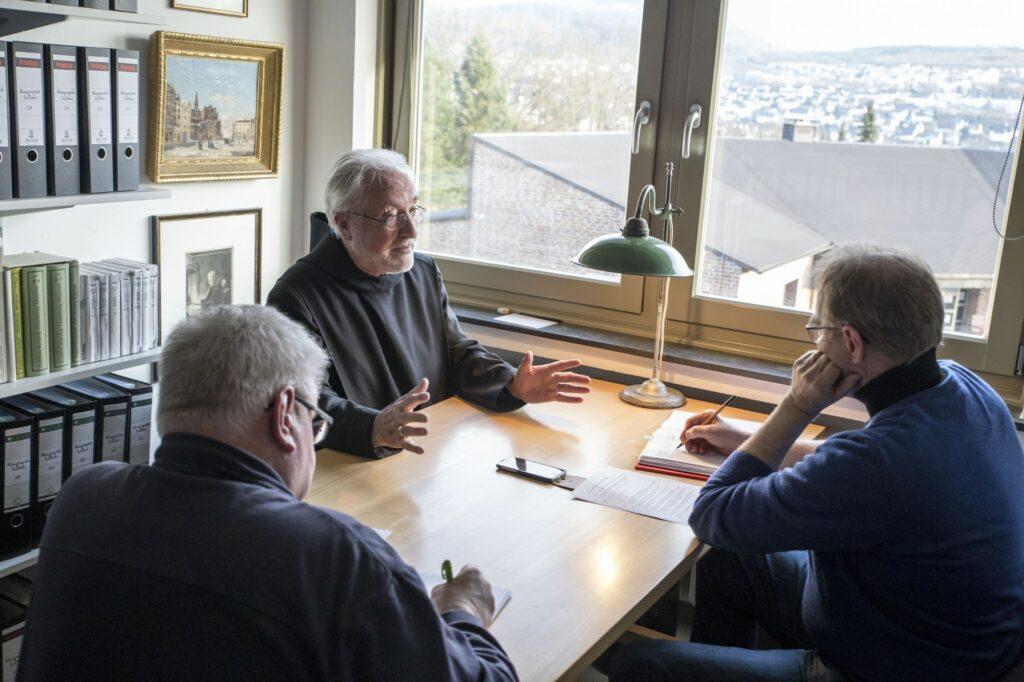 WOLL-Interview - Altabt Stephan Schröer Abtei Königsmünster Sauerland