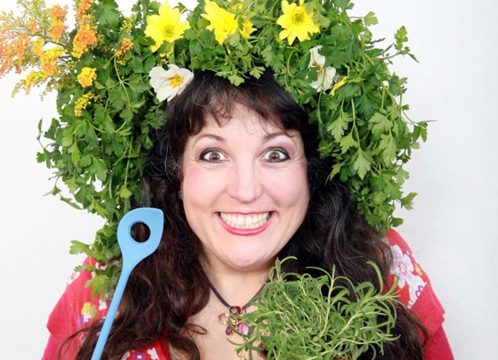 Comedy-Koch-Show Drolshagen - Astrid Gloria, Kabarettistin, Zauberkünstlerin, Magische Köchin