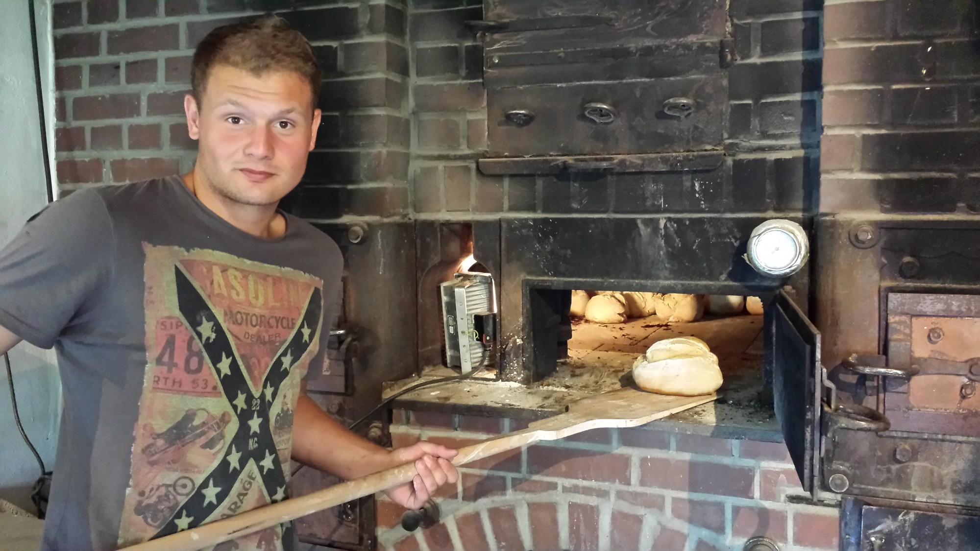 Brot aus dem Steinofen