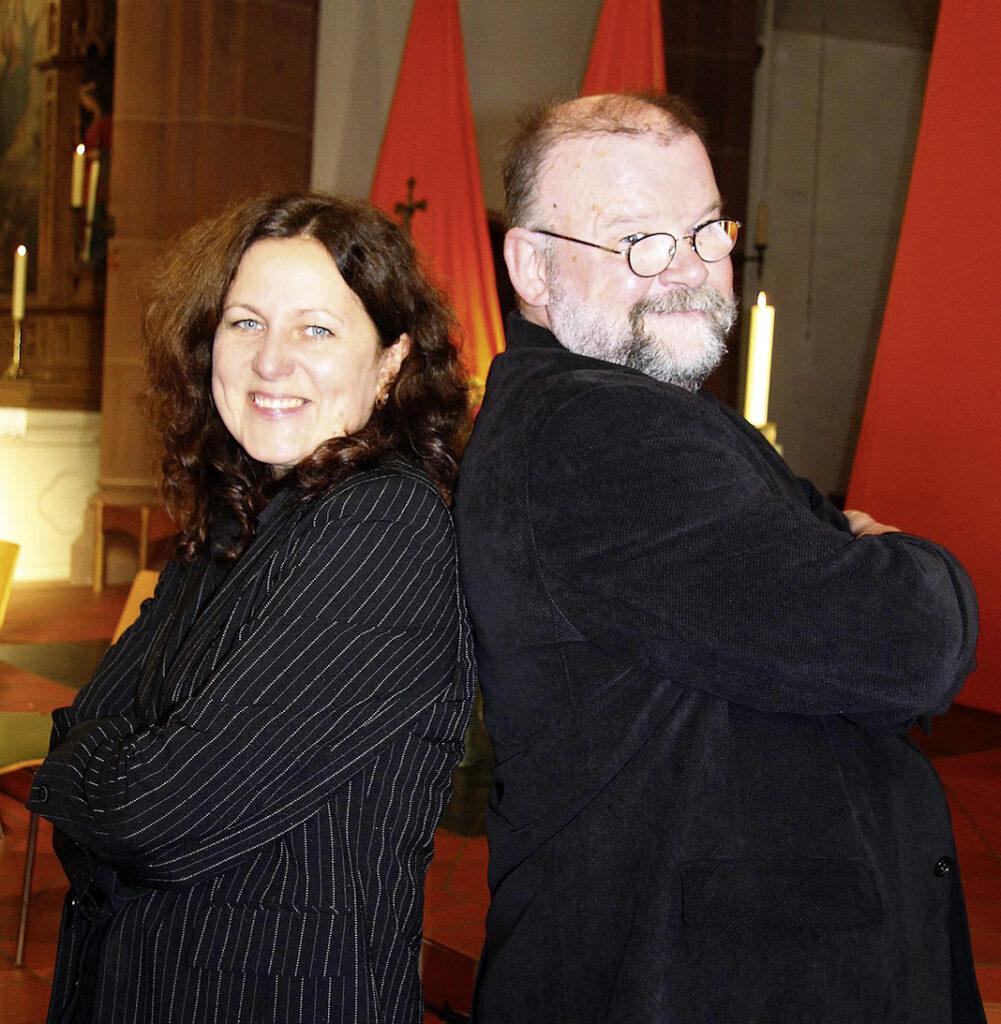 DIe Chorleiter Tatjana Hundt und Karl-Heinz Wortmann sind ein harmonisches, eingespieltes Team.