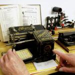 WOLL Sauerland Schreibmaschine