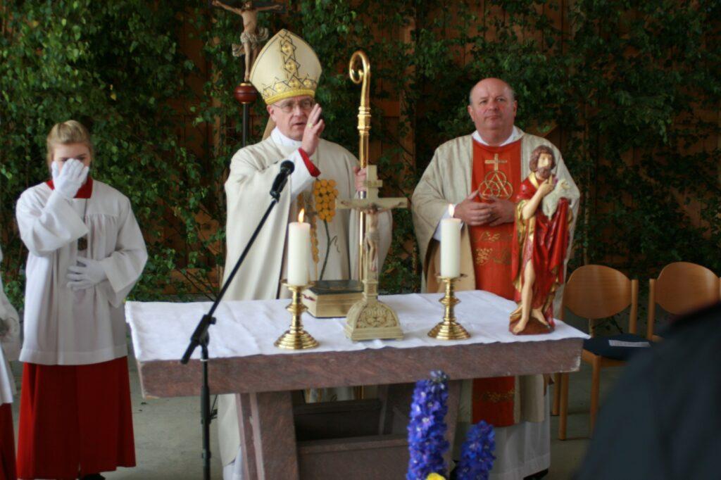 Weihbischof Matthias König zelebrierte den Festgottedienst