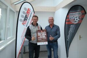 Ingo Anderbrügge (links) und Heinz Fischer stellen die Benefiz-Veranstaltung vor