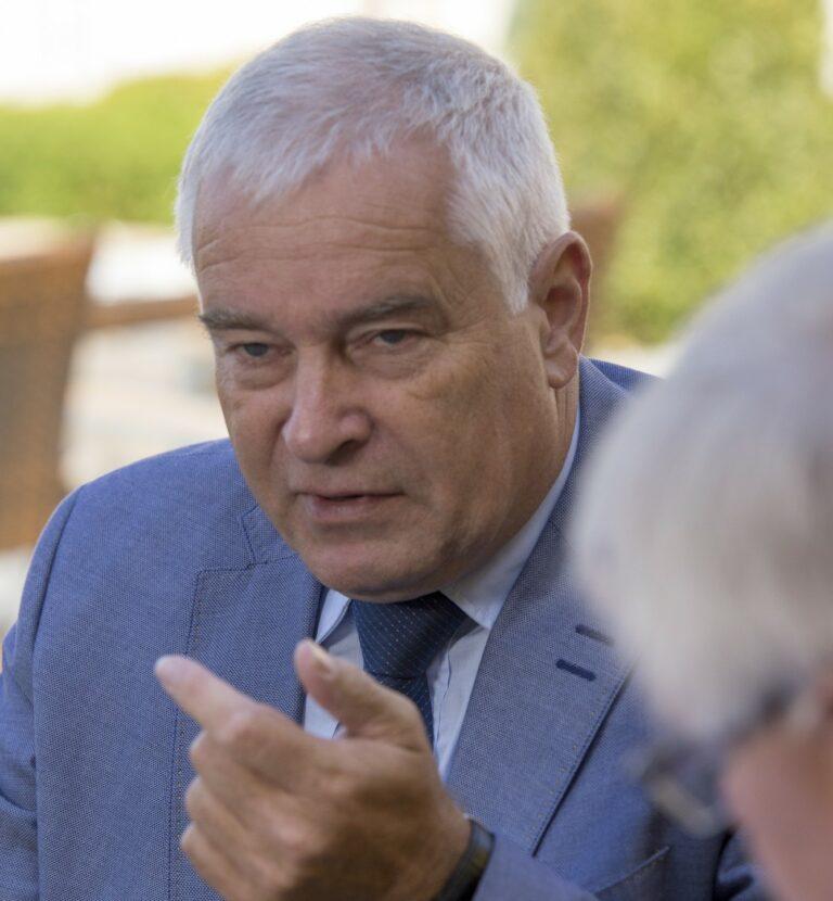 Bernhard Halbe im Gespräch mit der WOLL-Redaktion
