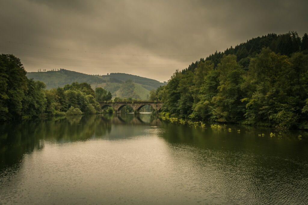 Eisenbahnbrücke in Werdlohl