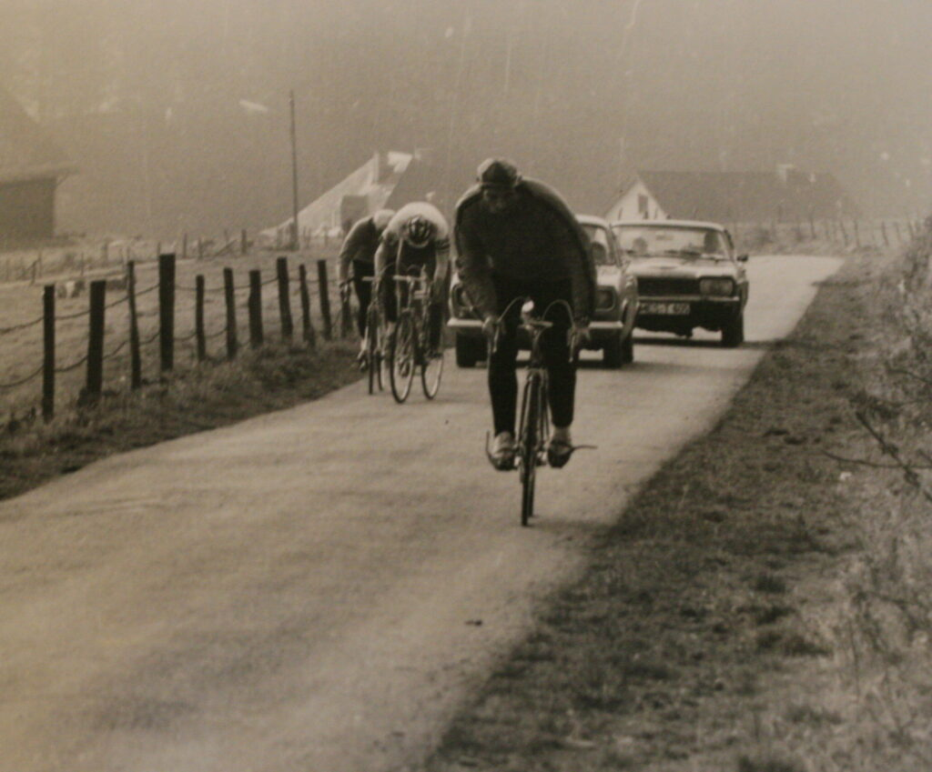 Vor 40 Jahren wurde der RSC Hochsauerland gegründet und sofort fand ein erstes Straßenrennen rund um Menkhausen/Arpe statt