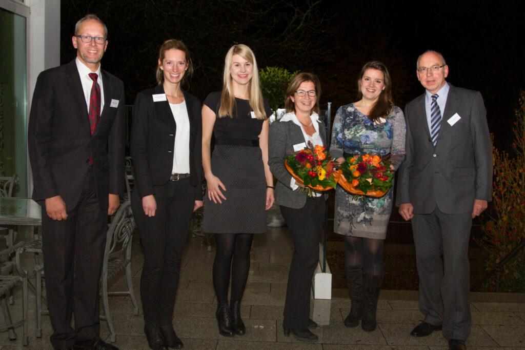Die Referenten des Abends: Hartmut Günther, Verena Kurth und Marie Ting, mit dem SUZ-Team Annabel Butschan, Carolin Bille und Heinz-Josef Harnacke