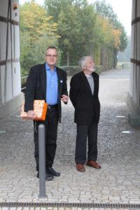 Peter Bürger und Bildhauer Johannes Dröge aus Sundern
