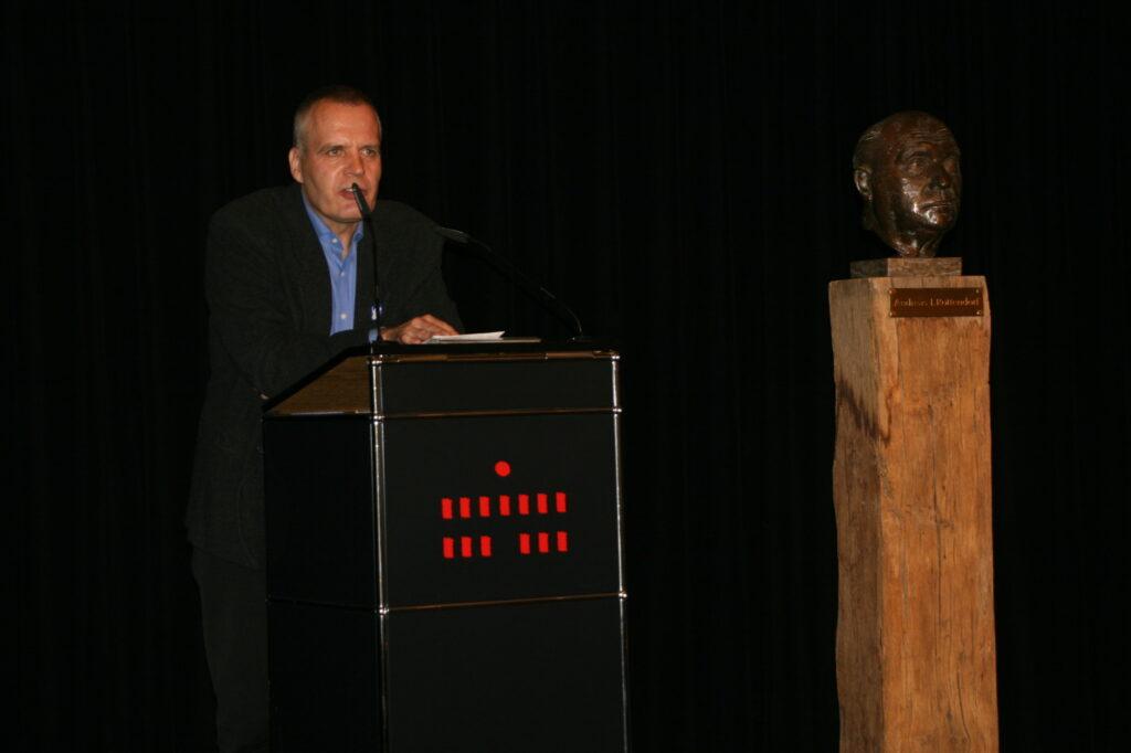 Peter Bürger bei seiner Dankesrede.