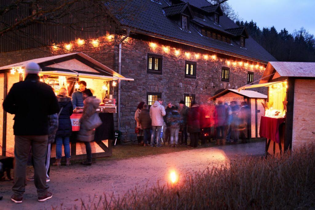 Gießhalle - Weihnachtsmarkt an der Wendener Hütte