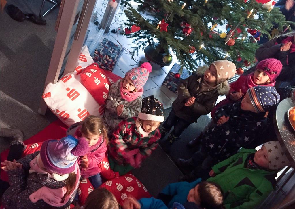 Weihnachtsmann Sparkasse Olpe KNAX-Klub