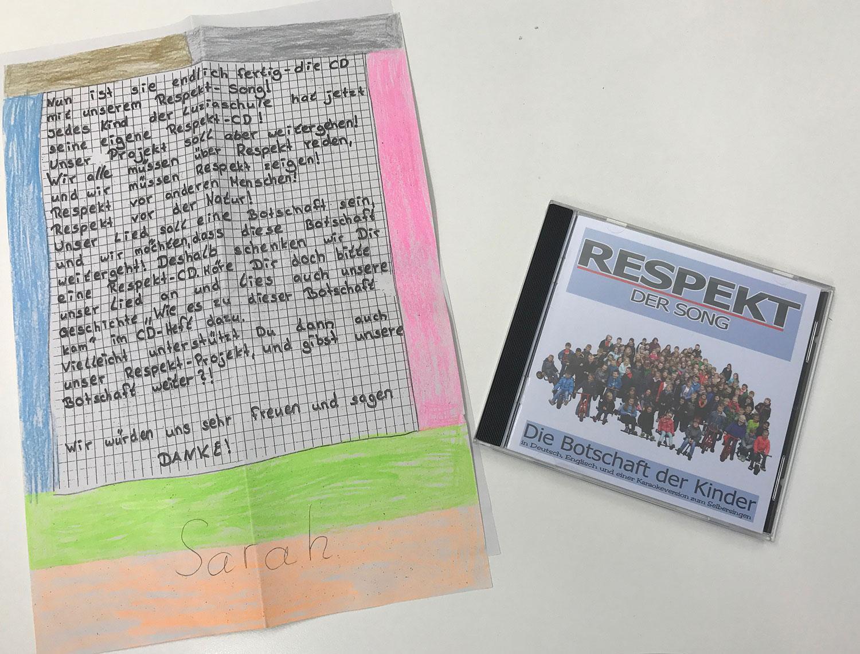 Die CD Respekt - der Song der Luziaschule Meschede-Berge appelliert an alle Menschen, respektvoller miteinander umzugehen.