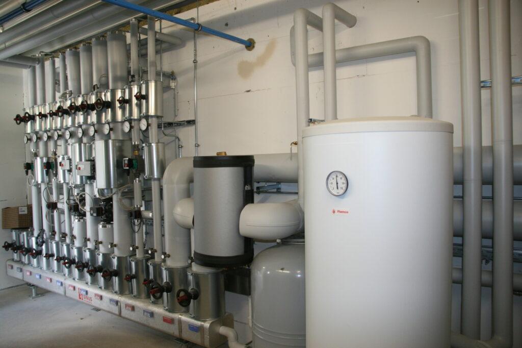 Die Heiz-, Sanitär- und Klimatechnik im neuen Industriegebäude der Firma Rüther (Eslohe-Bremke) wurde von Bürger - Meister der Elemente installiert.