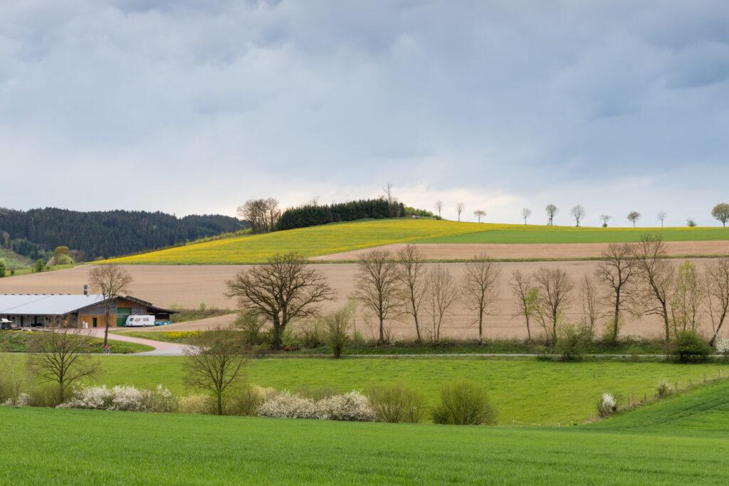 Der Tittenberg bei Fleckenberg. Doch woher kommt der Name?