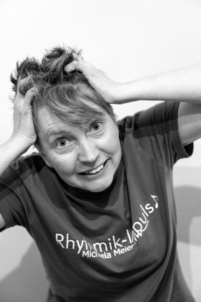 Applaus für das Gefühlsmobil Wie Kinder mit ihren Gefühlen umzugehen lernen Michaela Meier