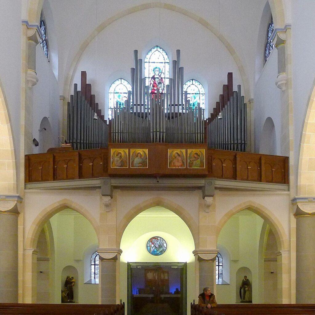 Die Klais-Orgel in der Pfarrkirche St. Alexander in Schmallenberg steht in diesem Jahr im Mittelpunkt der 43. Wormbacher Sommerkonzerte