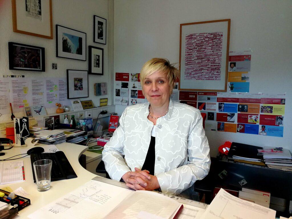 Herzblut, gepaart mit großem Sachverstand. Das alles aus dem Sauerland! -Portrait Dr. Christine Vogt. Direktorin und Kuratorin der Ludwiggalerie Schloss Oberhausen.