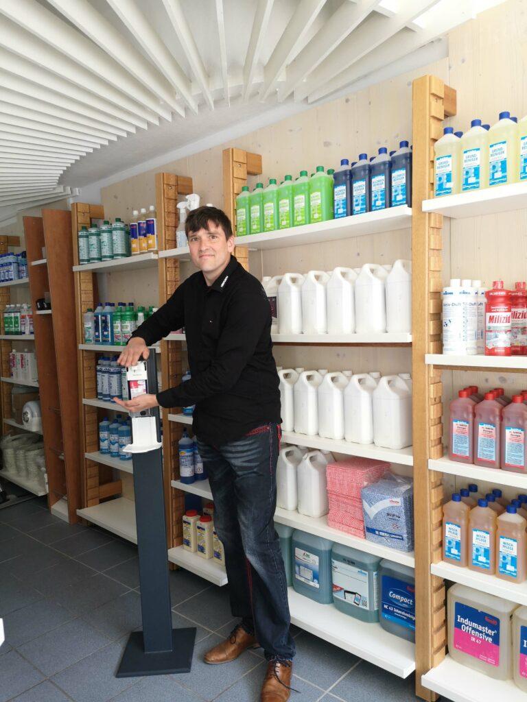 Hygiene-Service zu fairen Preisen Thomas Herfurth aus Rüthen beliefert Firmen in ganz Südwestfalen