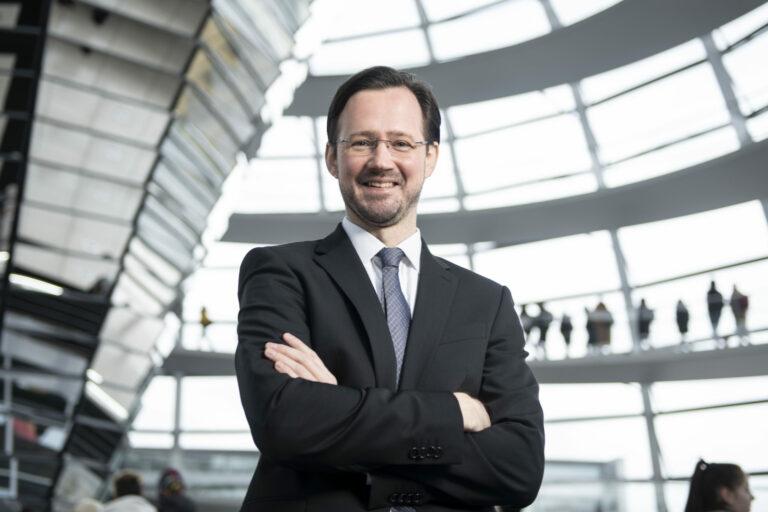 11 FEB 2020, BERLIN/GERMANY: Dirk Wiese, MdB, SPD, Sprecher Seeheimer Kreis, Deutscher Bundestag, Reichstagsgeaeude und Paul-Loebe-Haus IMAGE: 20200211-01