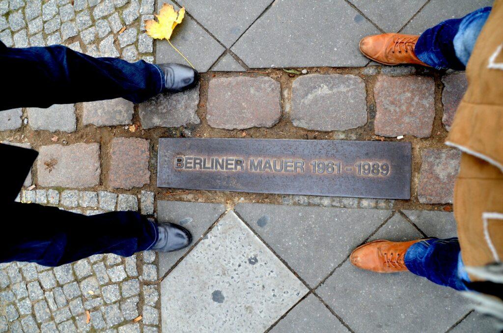 30 Jahre Deutsch Einheit Image by Sarah Lötscher from Pixabay