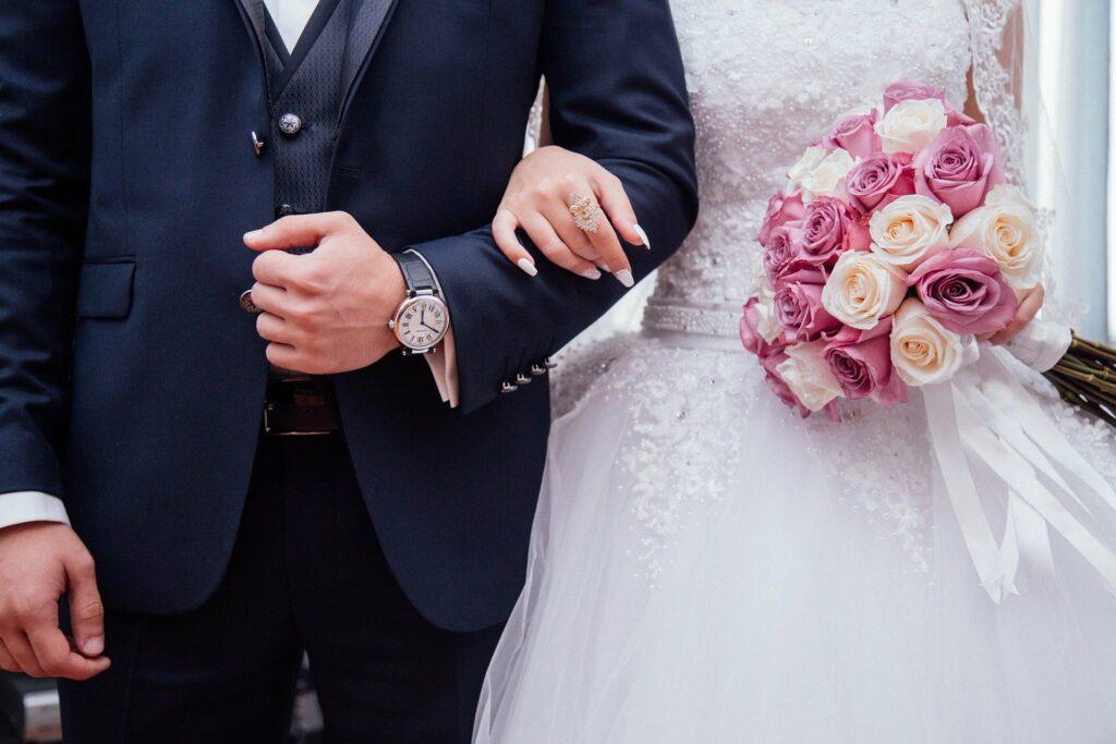 Hochzeit im Sauerland Foto: Bild von StockSnap auf Pixabay