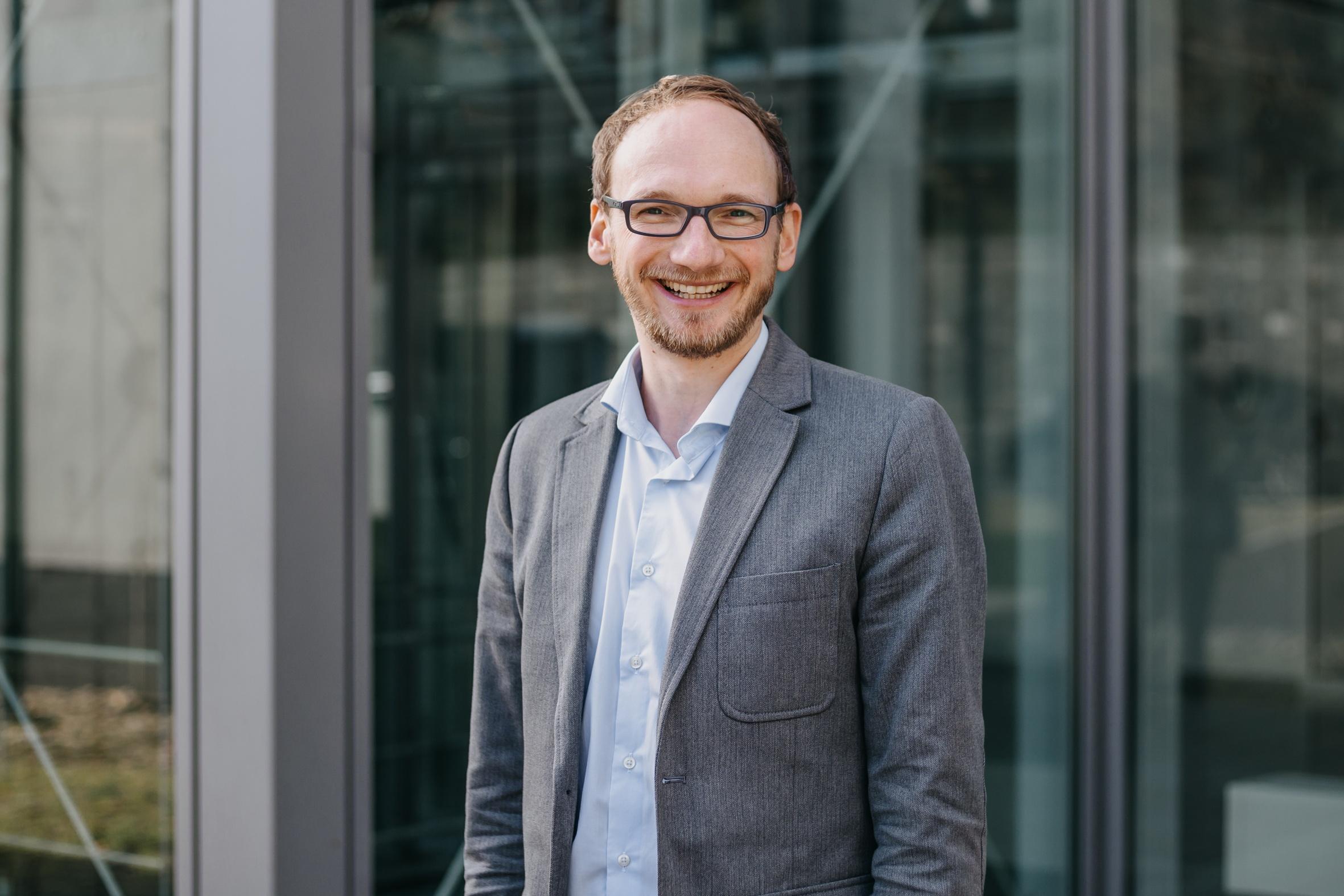 Prof. Dr. Stefan Lier und sein Team forschen an modularer Produktionslogistik Foto: Annika Pilgrim, FH Südwestfalen