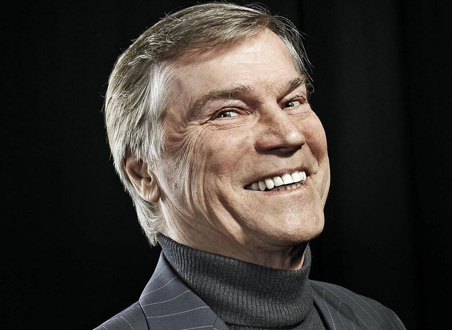 Bald 80 und immer noch aktiv auf der Bühne und vor der Kamera: Jochen Busse, Kabarettist, Schauspieler, Autor – Sauerländer.