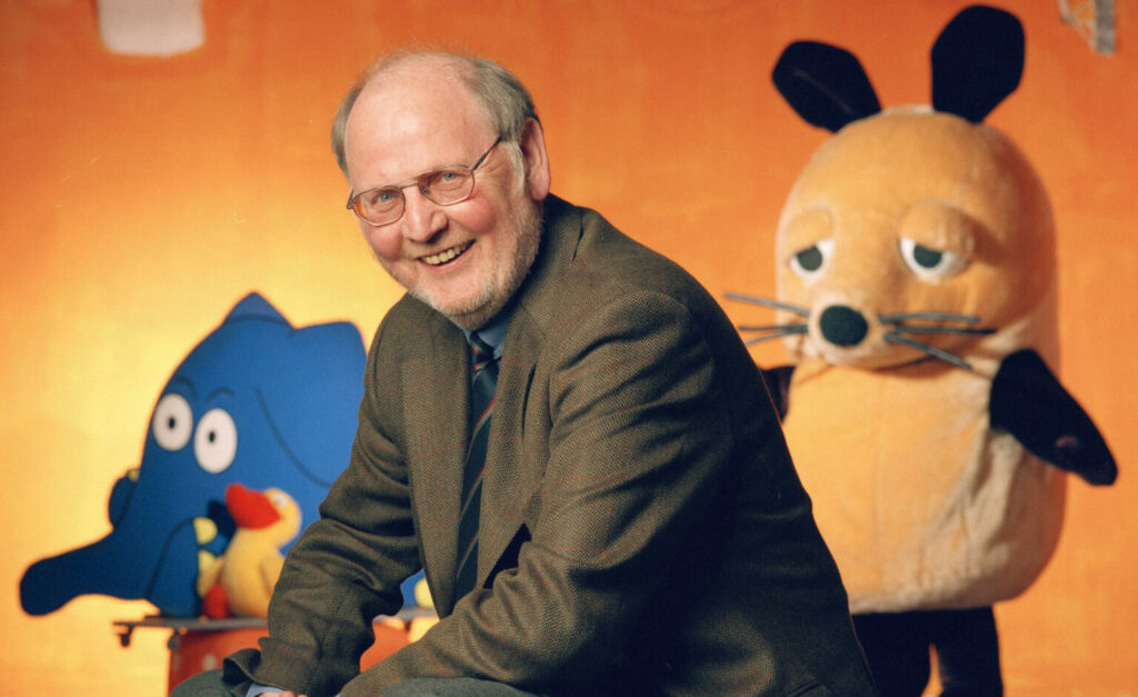 DIE SENDUNG MIT DER MAUS 2001 Sendung mit der Maus?-Erfinder Gert K. Müntefering © WDR/Oliver Schmauch