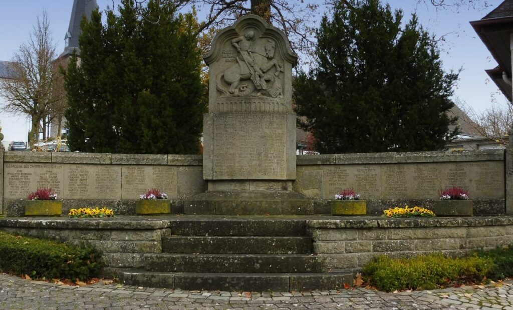 Das Ehrenmal in Kallenhardt