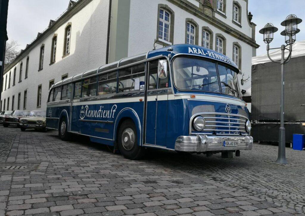 Der restaurierte Bus ist ein echter Hingucker auf jeder Ausstellung