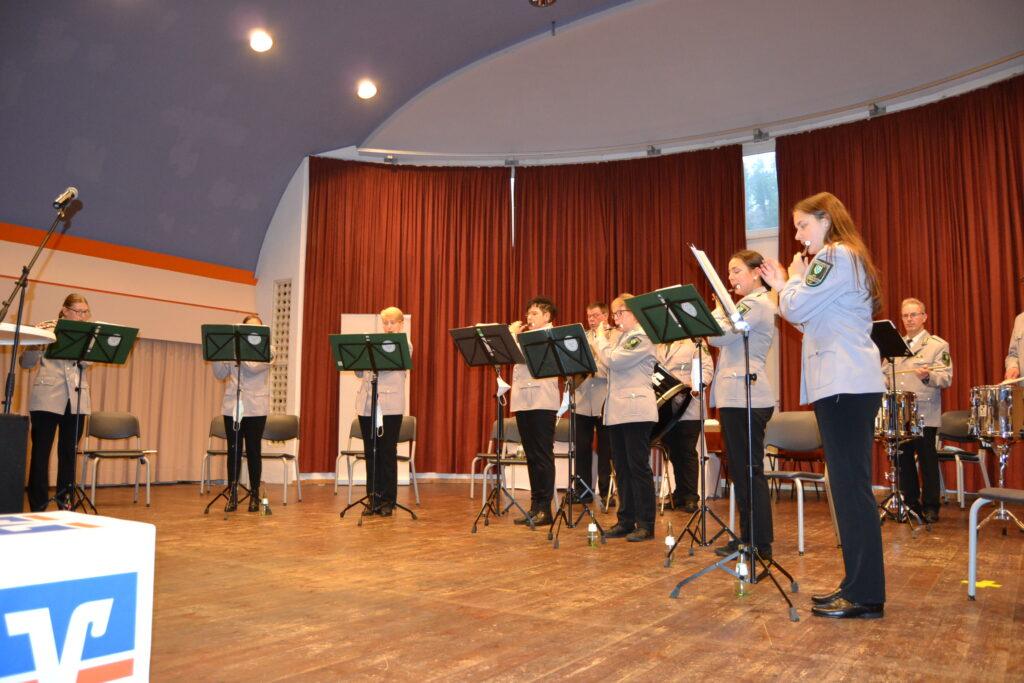 Volksbank Bigge-Lenne-Stiftung unterstützt Musikvereine